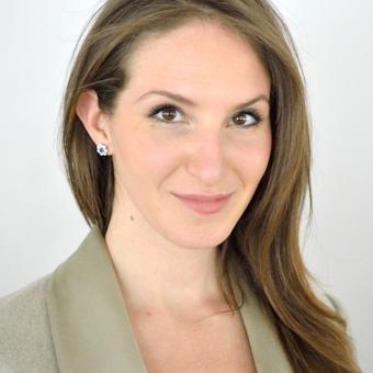 Elizabeth Cusack headshot